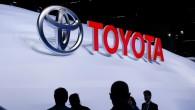 """Pēc aizvadītā gada jaunu auto tirdzniecības rādītājiem pirmās trīs vietas tāpat kā 2012. gadā ieņem """"Toyota"""", """"General Motors"""" un """"Volkswagen""""...."""