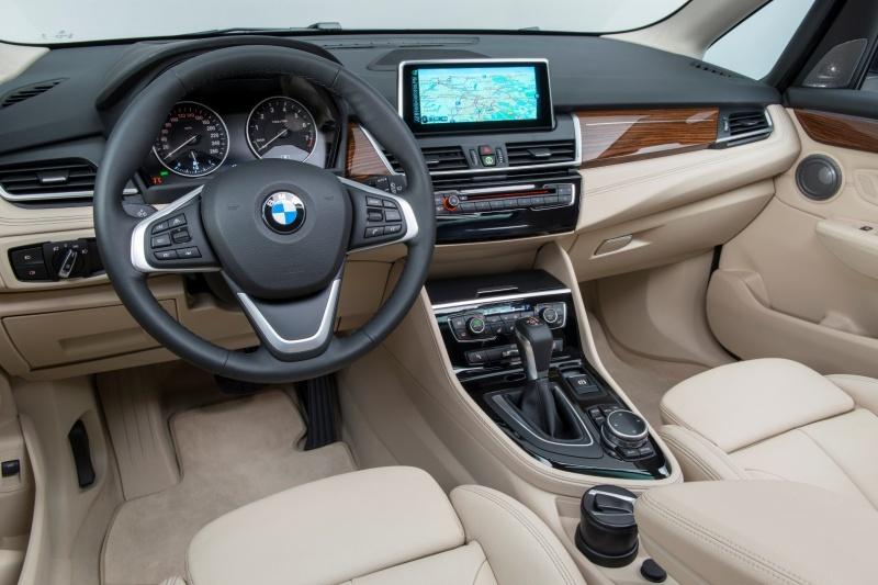 BMW_2series_int
