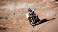 """Austrijas motociklu ražotājs """"KTM"""" gatavojas uzsākt Marka Komas sacīkšu moča """"450 Rally"""" replikas sērijveida izgatavošanu. Nu, protams, 13. pēc kārtas..."""