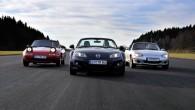 """Pirms 25 gadiem – 1989.gada 10.februārī Čikāgas autošovā japāņu autoražotāja """"Mazda"""" stendā tika prezentēts viegls vaļējs divvietīgs auto – rodsters..."""