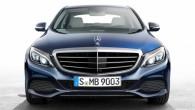 """Viens no """"Mercedes-Benz"""" pārstāvju skaļākajiem vēstījumiem, piesakot jauno C klasi, ir tāds, ka sedanu izdevies padarīt gandrīz par 100 kg..."""