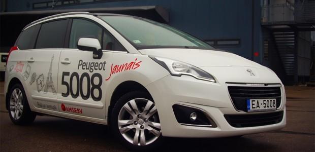 Peugeot 5008 1,6 HDi 6MT 01