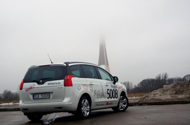 Peugeot 5008 1,6 HDi 6MT 27