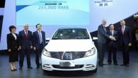 """Autokoncerns """"Daimler AG"""" sadarbībā ar kompāniju """"BYD"""" speciāli Ķīnas tirgum izgatavojis elektromobili, kas ir ievērojami lētāks nekā tā tiešie konkurenti...."""