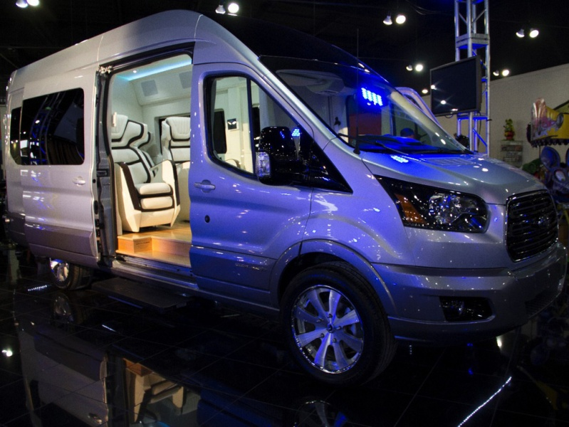 Ford_transit_concept_1