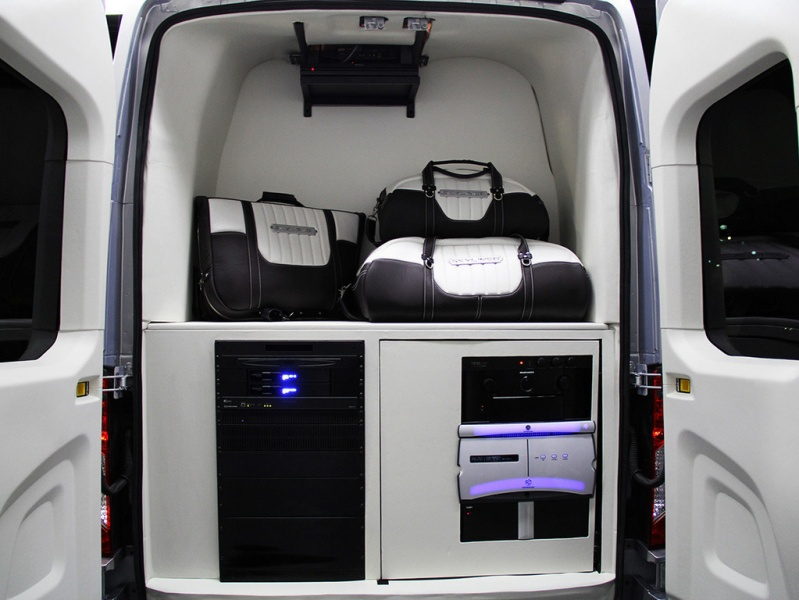 Ford_transit_concept_2