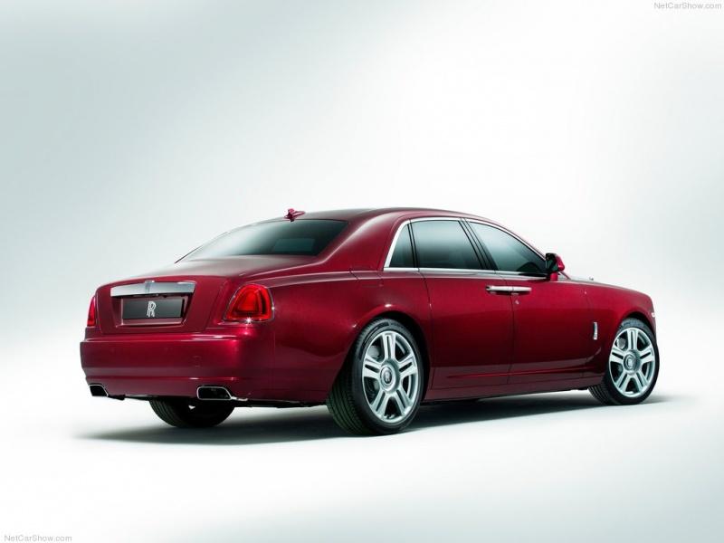 Rolls-Royce-Ghost_Series_II_04