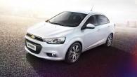 """Kompānija """"Chevrolet"""" izplatījusi pirmos attēlus, kuros redzams, kā izskatās atjauninātie """"Aveo"""" hečbeks un sedans. Ražotāja izplatītajā informācijā teikts, ka attēlā..."""