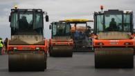 Dažādās vietās visā Latvijas teritorijā «Latvijas autoceļu uzturētājs» (LAU) veiks asfaltbetona dubultās virsmas uzlikšanu 30 km kopgarumā. Kā ziņo biznesa...