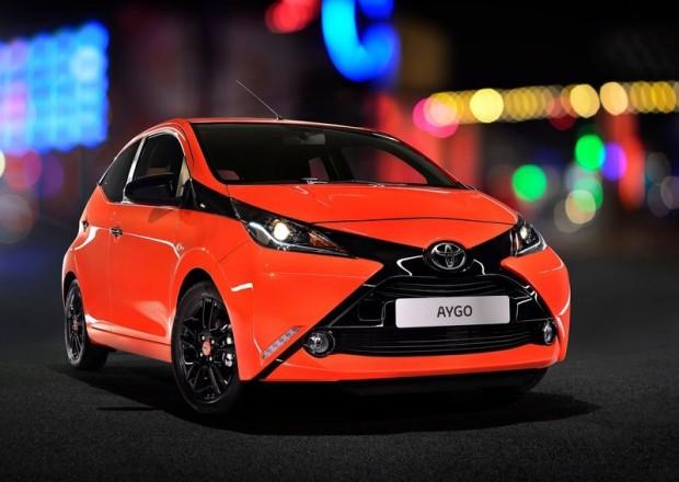 12-Toyota Aygo_2015