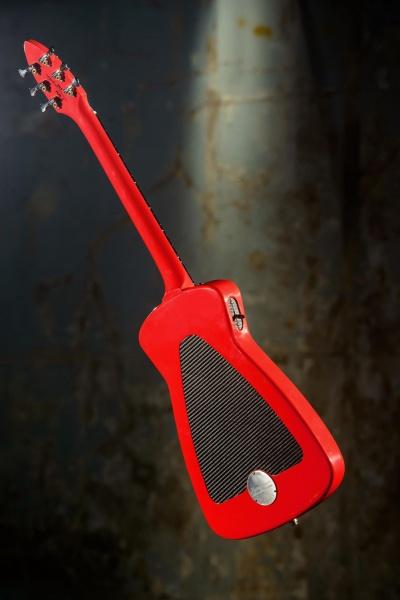 Alfa_romeo_guitar_3