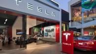 """Amerikāņu kompānijas """"Tesla Motors"""" viceprezidents Kriss Porits atklājis, ka šobrīd sagatavošanā atrodas """"budžeta klases"""" elektriskais sedans. Lieta ir tāda, ka..."""