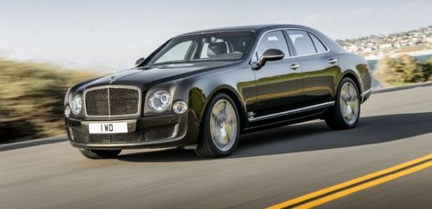 2015-bentley-mulsanne-speed-front-side-view-in-motion