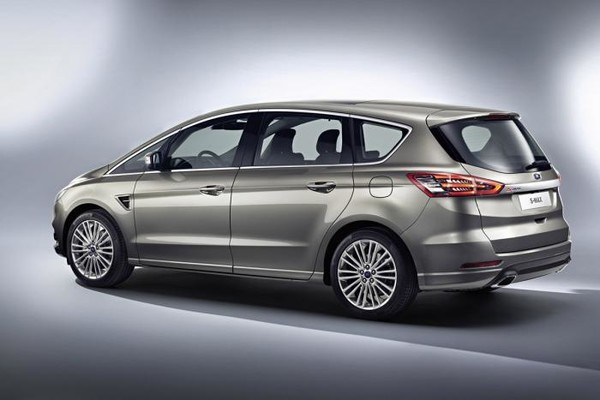 Ford_s-max_5