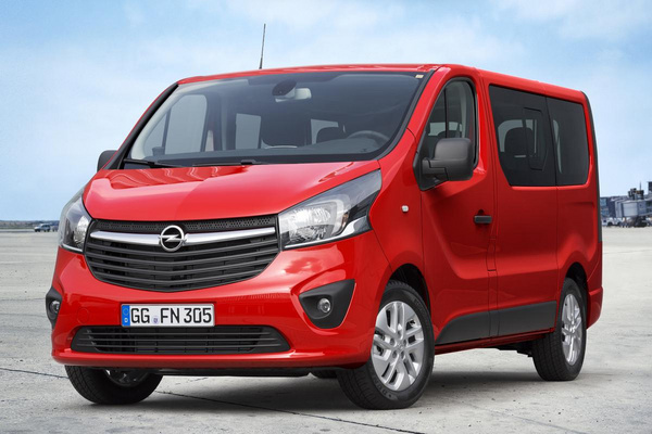 Opel_vivaro_combi_1