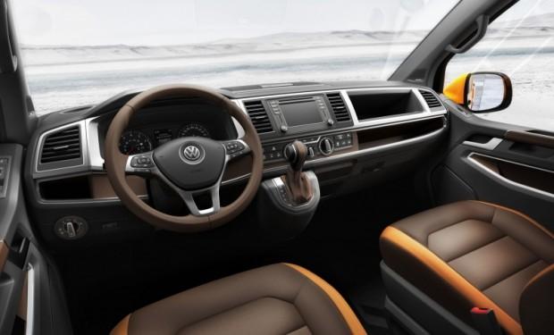 VW TRISTAR_Interior_01