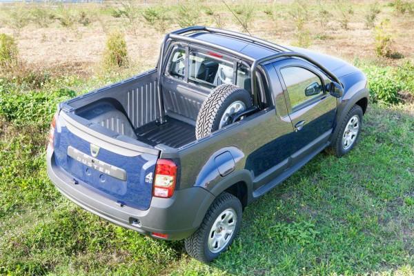 Dacia_pickup_3