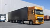 """Nīderlandes kravas automobiļu ražotājs """"DAF Trucks"""" ir prezentējis """"CF"""" un """"XF"""" sērijas segluvilcējus ar pazeminātu sakabes ierīci. """"DAF CF"""" un..."""