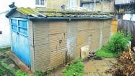 """Britu medijos parādījusies ziņa, ka kādu iekšpagalmā esošu gaužām necila izskata garažiņu 30. oktobrī paredzēts izlikt """"Allsop"""" izsolē par 550..."""