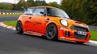 """Nē, """"Renault"""" pagaidām var neuztraukties – viņu """"Megane RS 275 Trophy-R"""" joprojām formāli pieder ātrākā priekšpiedziņas sērijveida automobiļa gods. Jo..."""