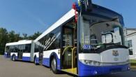 """Trešdien, 12.novembrī 53.autobusu maršrutā savā pirmajā reisā devās pirmie divi jaunie """"Solaris"""" autobusi. Patlaban """"Rīgas satiksme"""" jau ir saņēmusi 18..."""