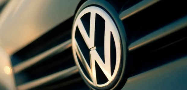 Volkswagen_Logo_by_ColdF