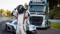 Volvo FH versus Koenigsegg 11