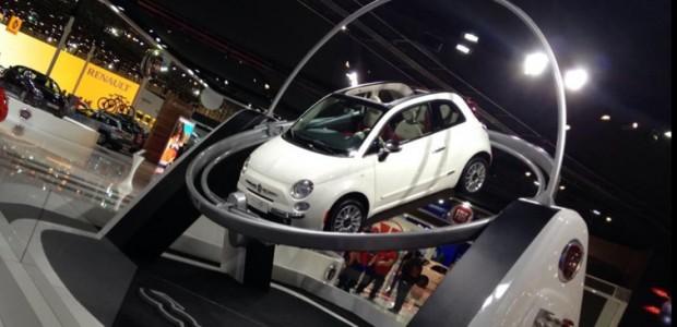 fiat-500-crashes-through-glass-display-at-sao-paulo-auto-show_3_edited-1