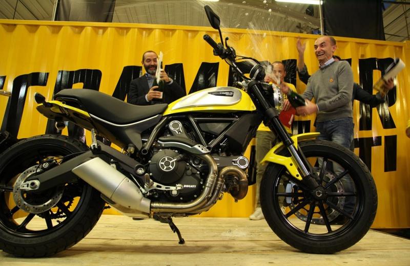 Ducati_scrambler_3