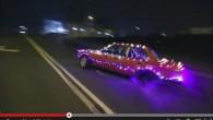 Ziemassvētku noskaņām atbilstošu videorullīti kanālā YouTube ievietojuši lietuvieši noNorbeFilms. 'Pliks' drifts tumsas pārņemtās un tukšās ielās kā tāds gan jau...