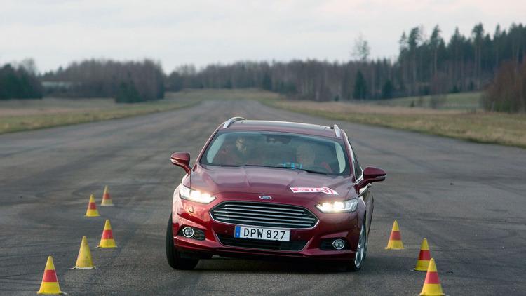 teknikens-varld-ford-mondeo-estate-test-002-1