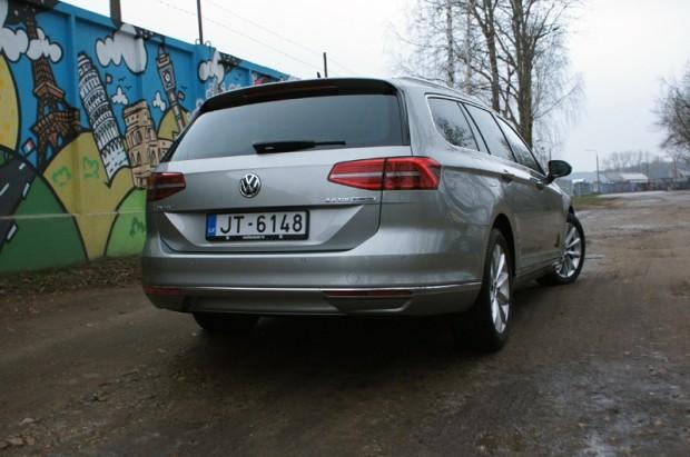 14-VW Passat 2.0 TDI_15.12.2014