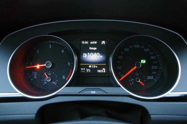 3-VW Passat 2.0 TDI_15.12.2014