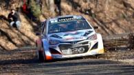 """Debijas sezonā """"Hyundai"""" WRC komandā beļģu duets Tjerī Nevils/Nikolā Gilsūls startēja visos pasaules čempionāta posmos, bet otrā mašīnā ekipāža tika..."""
