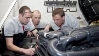 """Aizvadītajā nedēļas nogalē Rīgā norisinājās starptautisko """"Scania Top Team"""" kravas auto mehāniķu sacensību Baltijas posms, kurā sešu komandu konkurencē čempiona..."""