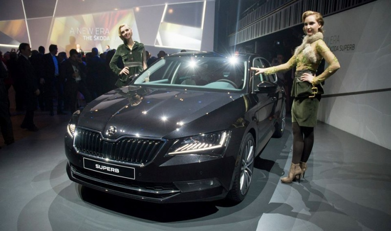 2016-skoda-superb-pics-prague