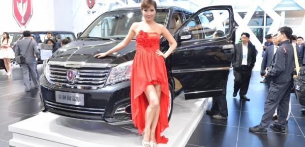 car-show-girls-14