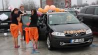 """Sestdien, 7.martāRīgā tika dots starts jau septītajam """"BTA Sieviešu dienas rallijam"""", kas šogad pulcēja teju 490 dāmu ekipāžas, kas apviennoja..."""