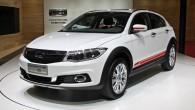 """Ķīnas un Izraēlas kopuzņēmums """"Qoros"""" Ženēvas autoizstādē lepojās ar savu pirmo visādceļu braucēja modeli """"3 City"""". Kompānijas pārstāvji savas nelielās..."""