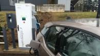 Pie CSDD klientu apkalpošanas centra Rīgā, Bauskas ielā 86 ierīkota elektromobiļu ātrās uzlādes stacija. Tā ir pirmā automobiļu uzlādes stacija...