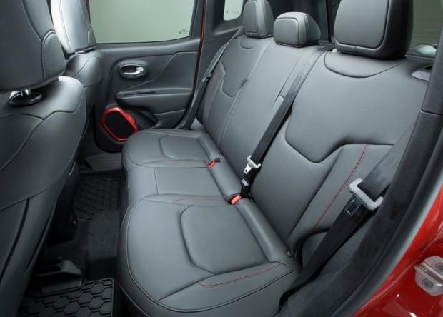 5-Jeep Renegade_2015