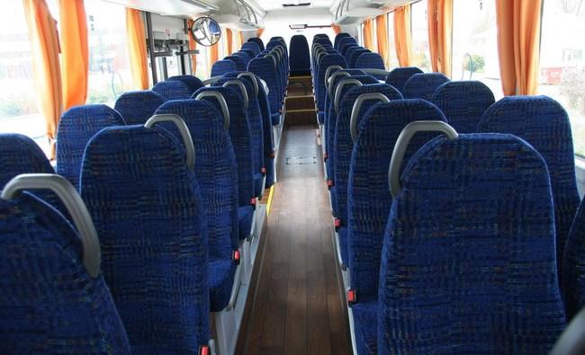 man_prezentoval_avtobus_lions_intercity_5