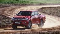 """Pirms pāris dienām """"Automedia.lv"""" publicēja kāda Taizemes fotoamatiera uzņemtus jaunās paaudzes """"Toyota Hilux"""" attēlus, bet nupat Bankokā ir notikusi populārā..."""