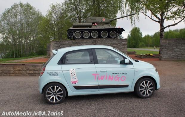 30-Renault Twingo 2015