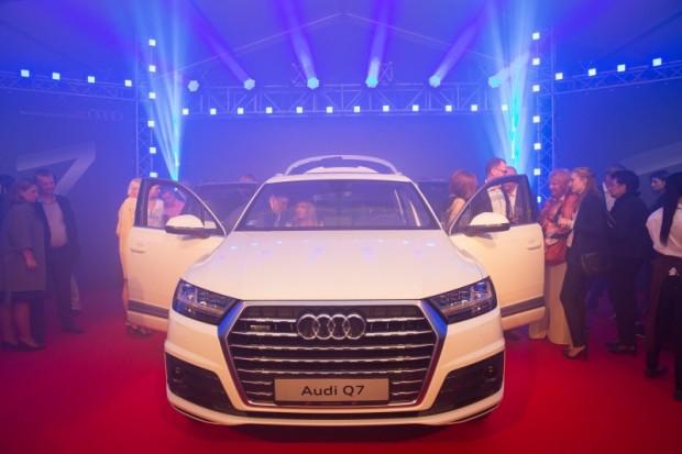 Audi Q7 prezent_Public foto 01