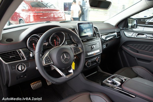 7-Mercedes-Benz GLE Coupe