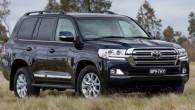 """Japāņu kompānija """"Toyota"""" iepazīstinājusi ar apvidus automobiļa """"Land Cruiser 200"""" – tas pie mums pazīstams kā """"Land Cruiser V8""""– pusmūža..."""