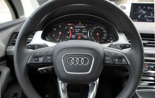 13-Audi Q7_15.08.2015.