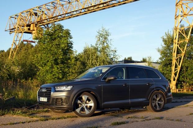 25-Audi Q7_15.08.2015.
