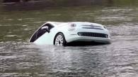 """Arī Baltijas tirgos ar vietēja mēroga prezentācijām šajās dienās debitē atjaunotais itāliešu mazauto """"Fiat 500"""". Pirms dažām dienām Viļņā aizvadītajā..."""